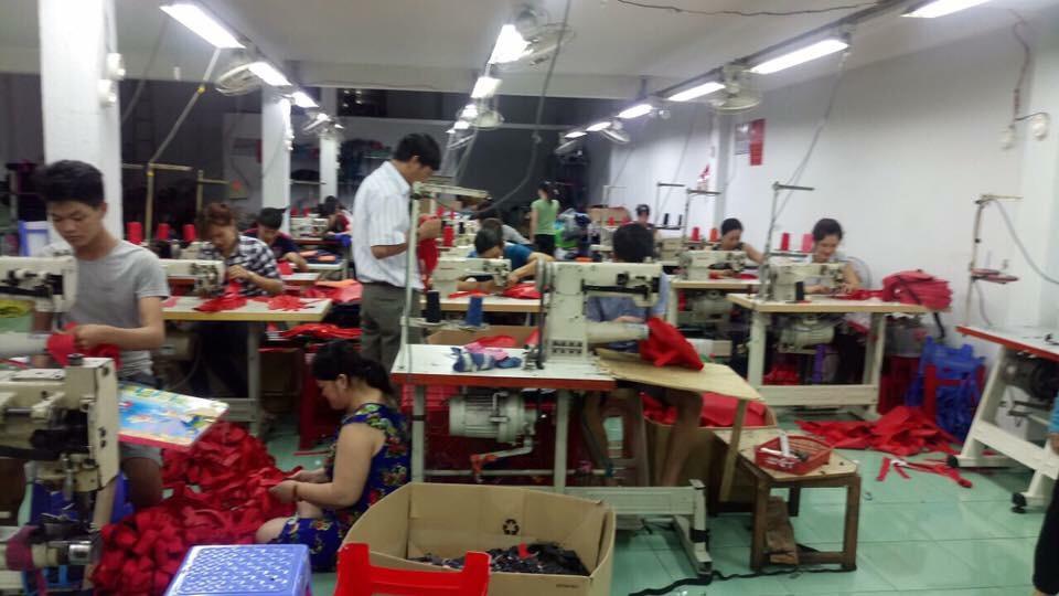xưởng cắt may balo limac